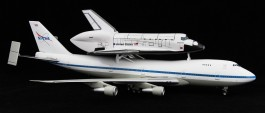 Aviao Boeing 747 SCA and Space Shuttle      04863 REVELL ALEMA