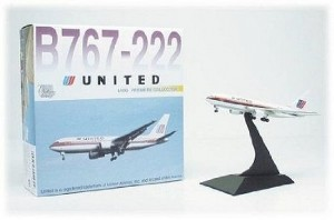 Aviao Boeing 767-222 - United Airlines DRAGON