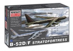 Aviao Boeing B-52 H Stratofortress USAF D/F - MINICRAFT MODEL KITS