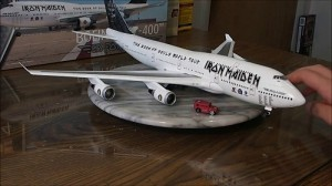 Aviao Boeing Ed Force ONE - IRON MAIDEN - 747-400 REVELL ALEMA