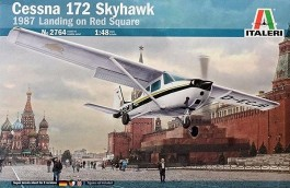 Aviao Cessna 172 Skyhawk - Landing on Red Square - ITALERI