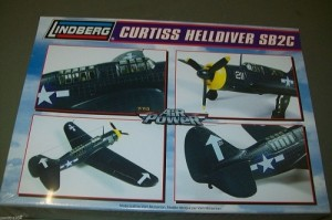 Aviao Curtiss Helldiver SB2C LINDBERG