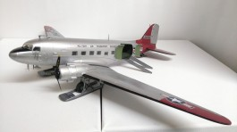 Aviao Douglas C-47 Skytrain - D-Day Version            08014 AIRFIX