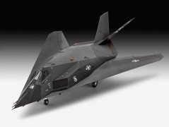 Aviao F-117 A Nighthawk Stealth Fighter REVELL ALEMA