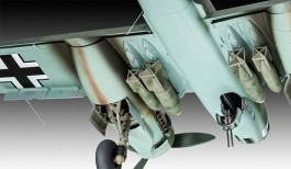Aviao Junkers Ju88 A-4                      03935 REVELL ALEMA