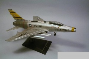 Aviao North American F-100D Super Sabre