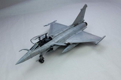 Avião Rafale C Fighter HOBBYBOSS