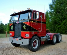 Caminhao Peterbilt 352 Pacemaker COE Tractor         759 AMT
