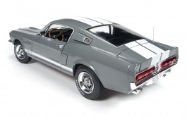 Carro 1967 Shelby GT-350 Ford Mustang AMT
