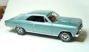 Carro Chevy Chevelle SS 396 - 1966 LINDBERG