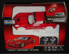 Carro Chevy Corvette Stingray 2014 - REVELL AMERICANA