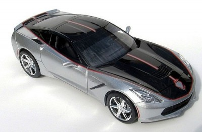 Carro Chevy Corvette StingRay 2015 - FOOSE Design REVELL
