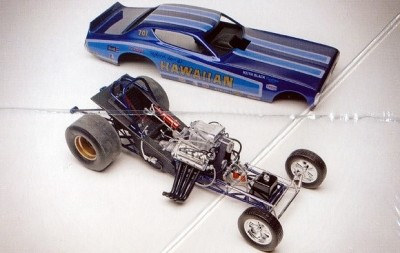 Carro Dragster Hawaiian Charger Funny Car REVELL AMERICANA