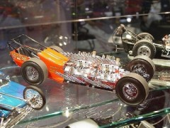 Carro Dragster Tommy Ivo's 32 Cylinder Showboat REVELL AMERICANA