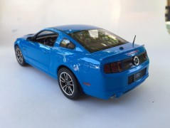 Carro Ford Mustang GT 2014 REVELL