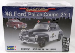Carro Ford Police Coupe 1948 - 2 em 1 - REVELL AMERICANA