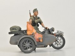 German Motorcycle R-12 with Sidecar and Crew ZVEZDA