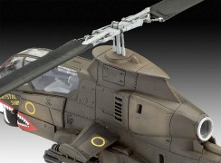 Helicoptero Bell AH-1G Cobra                           04956 REVELL ALEMA