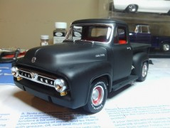 Pick-Up Ford 1953 - 3 em 1 AMT
