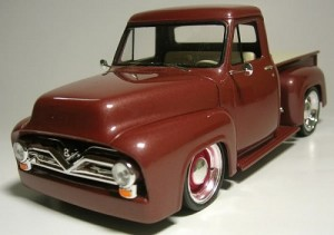Pick-Up Ford F-100 - Street Rod REVELL AMERICANA
