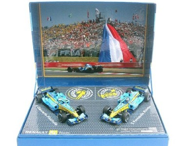 Renault F1 Team-Alonso-2005 FIA Constructors World Champions MINICHAMPS