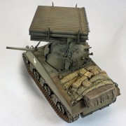 Tanque M4A3 Sherman with CALLIOPE Rocket Launcher ACADEMY
