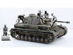 Tanque Pz.Kpfw. IV Ausf.F1/F2/G EARLY WITH REST CREW ITALERI