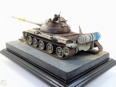 Tanque Russo T-62 Mod.1972 - Iraq Modification TRUMPETER