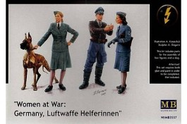 Women At War - Germany, Luftwaffe Helferinnen - MASTER BOX